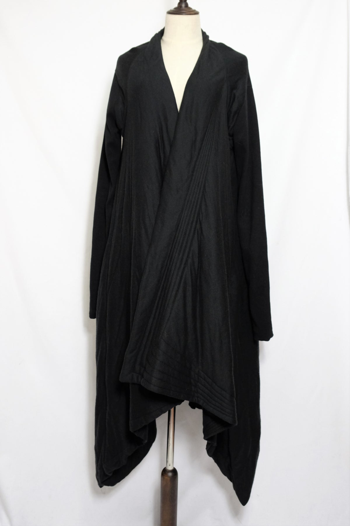 Image of PRE-OWNED  CLOTHING - Padded Long Jacket