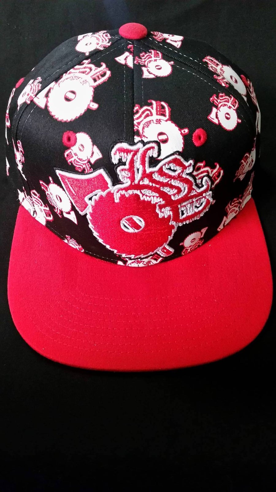 Image of BLACK LSP  WITH  RED EMBROIDERED LSP  FITTED HAT