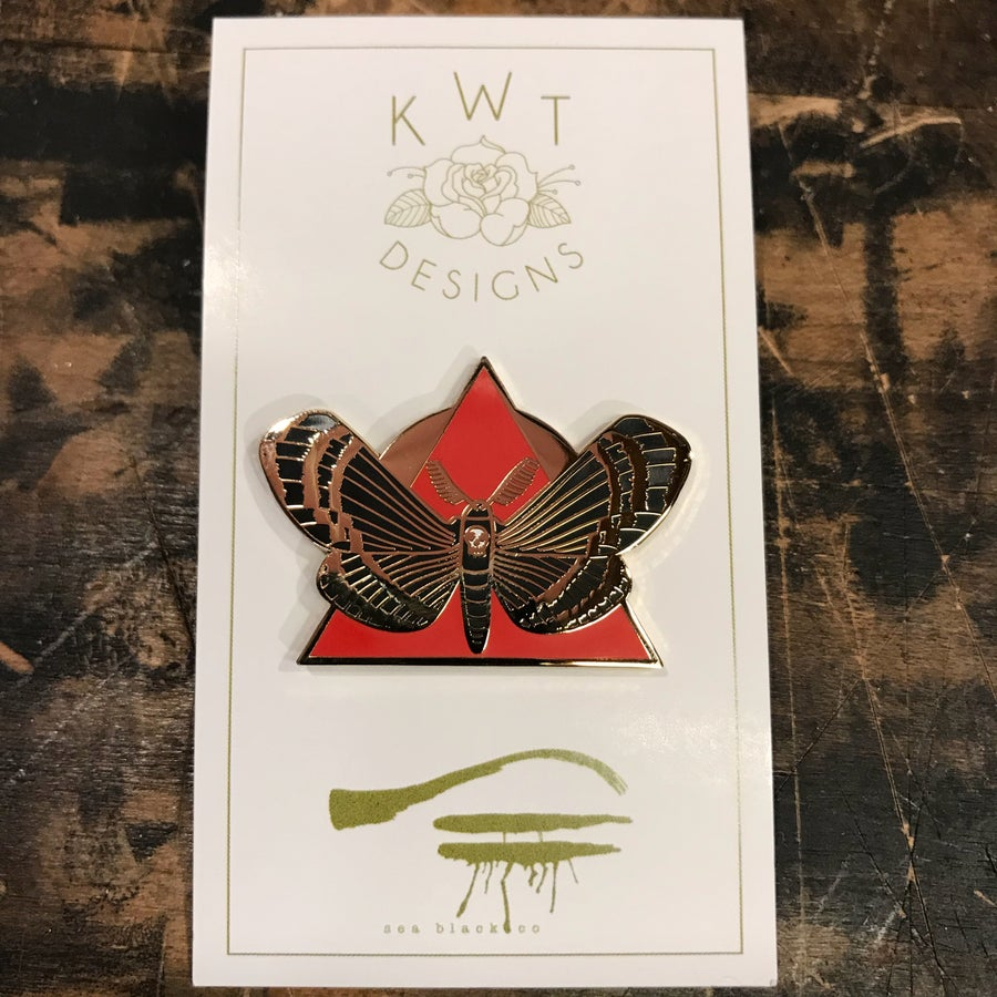 Image of Moth pin
