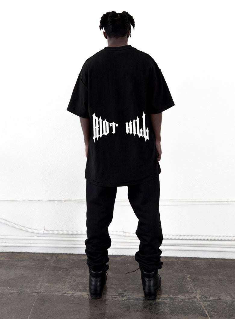 "Image of Black ""RIOT  HILL"" Logo T-Shirt"