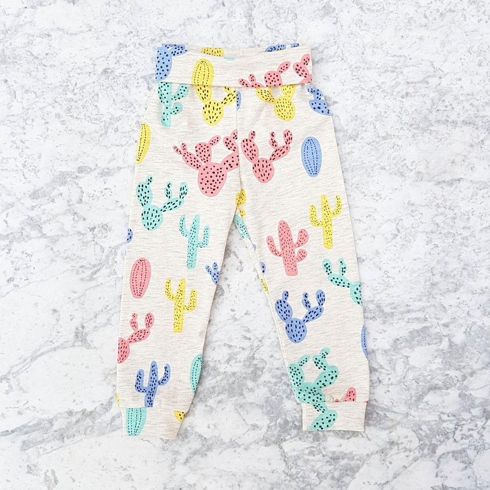 Image of Colourful Cactus Leggings
