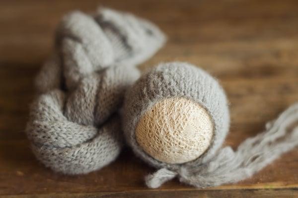 Image of Barn Owl Grey Brushed Alpaca Bonnet (wrap available)