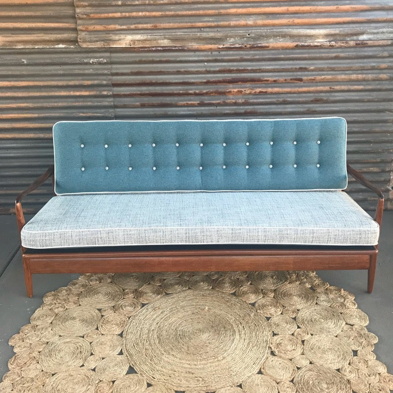 Image of Oceania TH Brown Daybed