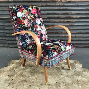 Image of Daisy Mae Chair