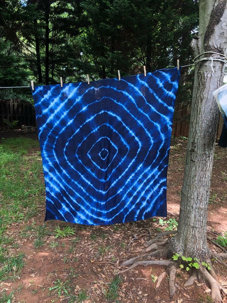 Image of Extra Large Swaddling Blanket