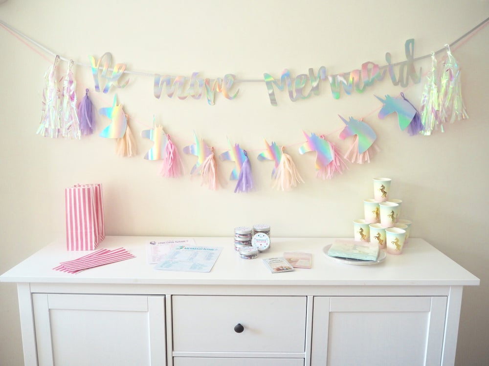 Image of Mermaid vs Unicorn Party Box Kit