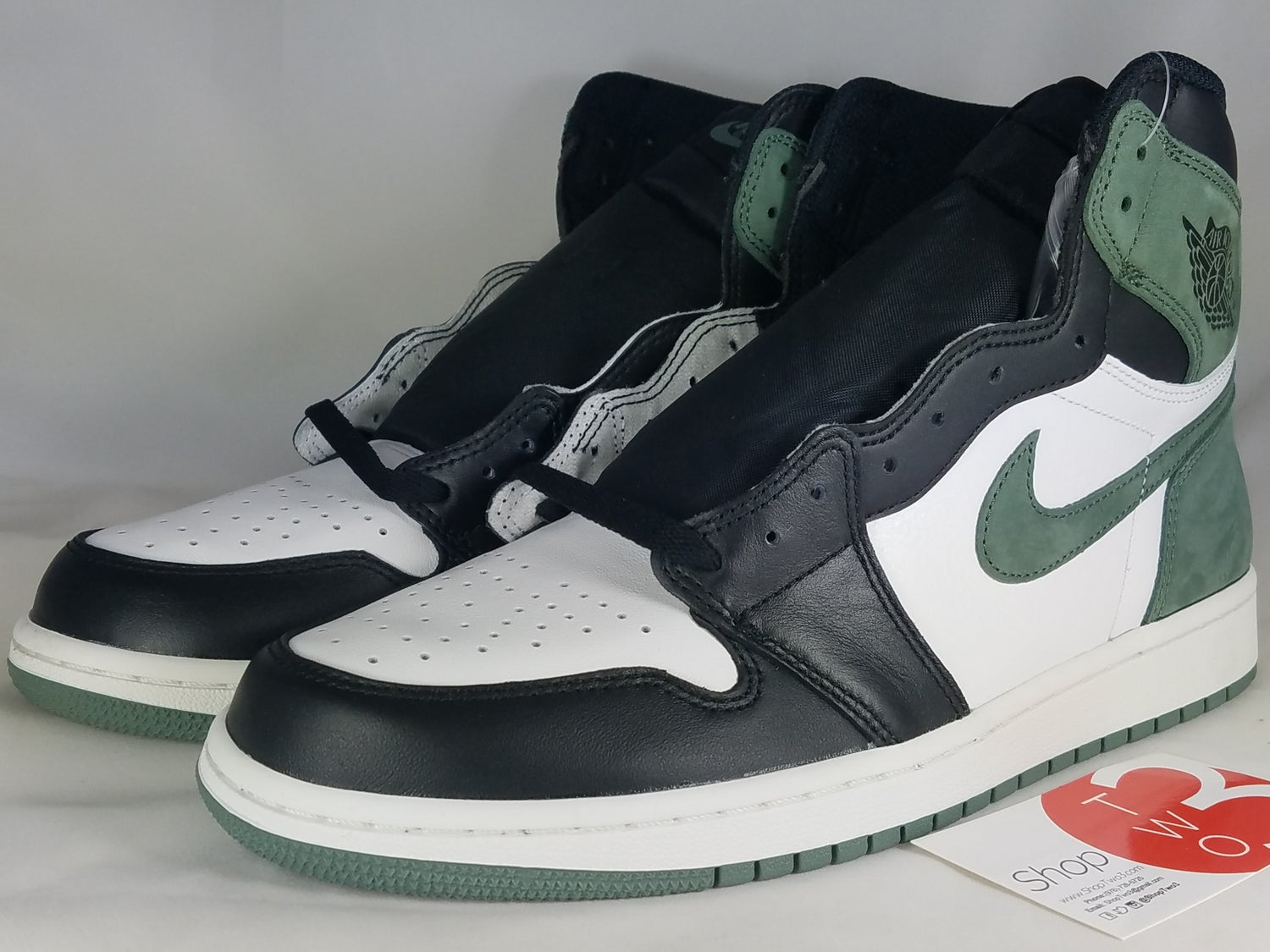 Image of Jordan 1 Retro High Clay Green