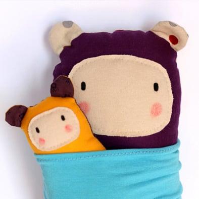 Image of NUN FAMILY /Handmade fabric mother with baby / Familia de muñecos, mama con bebé hechos a mano