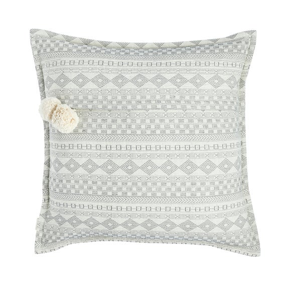 Image of K a n t h a cushion, vanilla