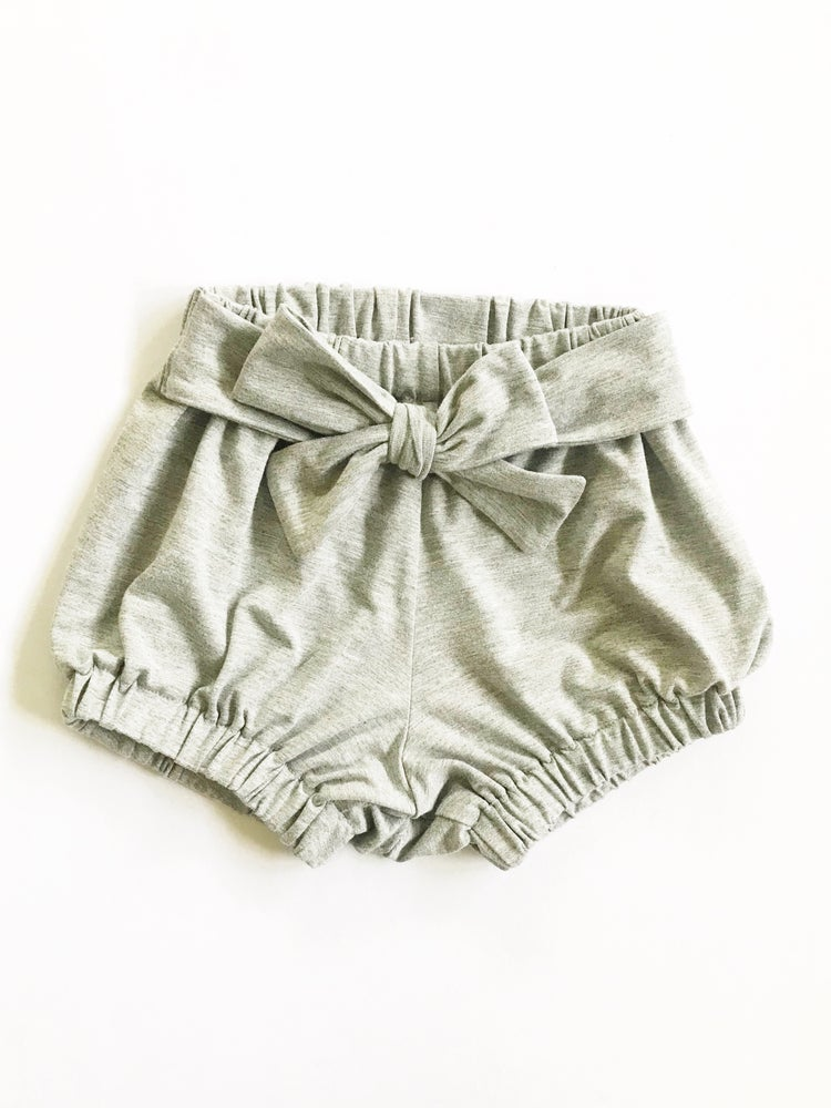 Image of [heather grey] Belted Shorties