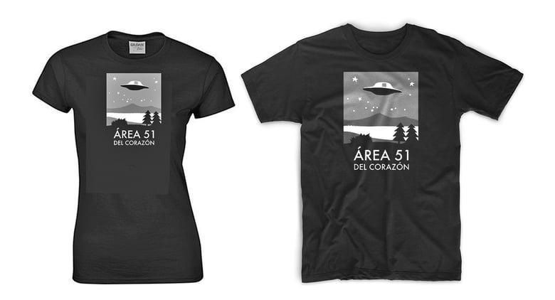 Image of Camiseta Área 51 del Corazón