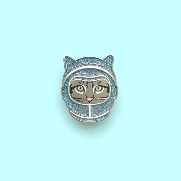 Image of space cat enamel pin (blue helmet) - enamel cat pin - astronaut cat - space kitty