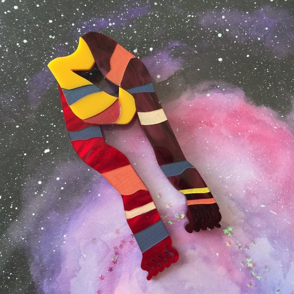 Image of Fourth Doctors Scarf Brooch