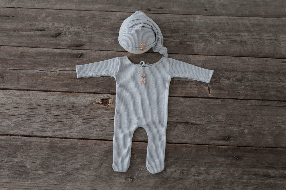 Image of LEON SET - FOOTED PAJAMAS AND SLEEP HAT - NEWBORN SIZE