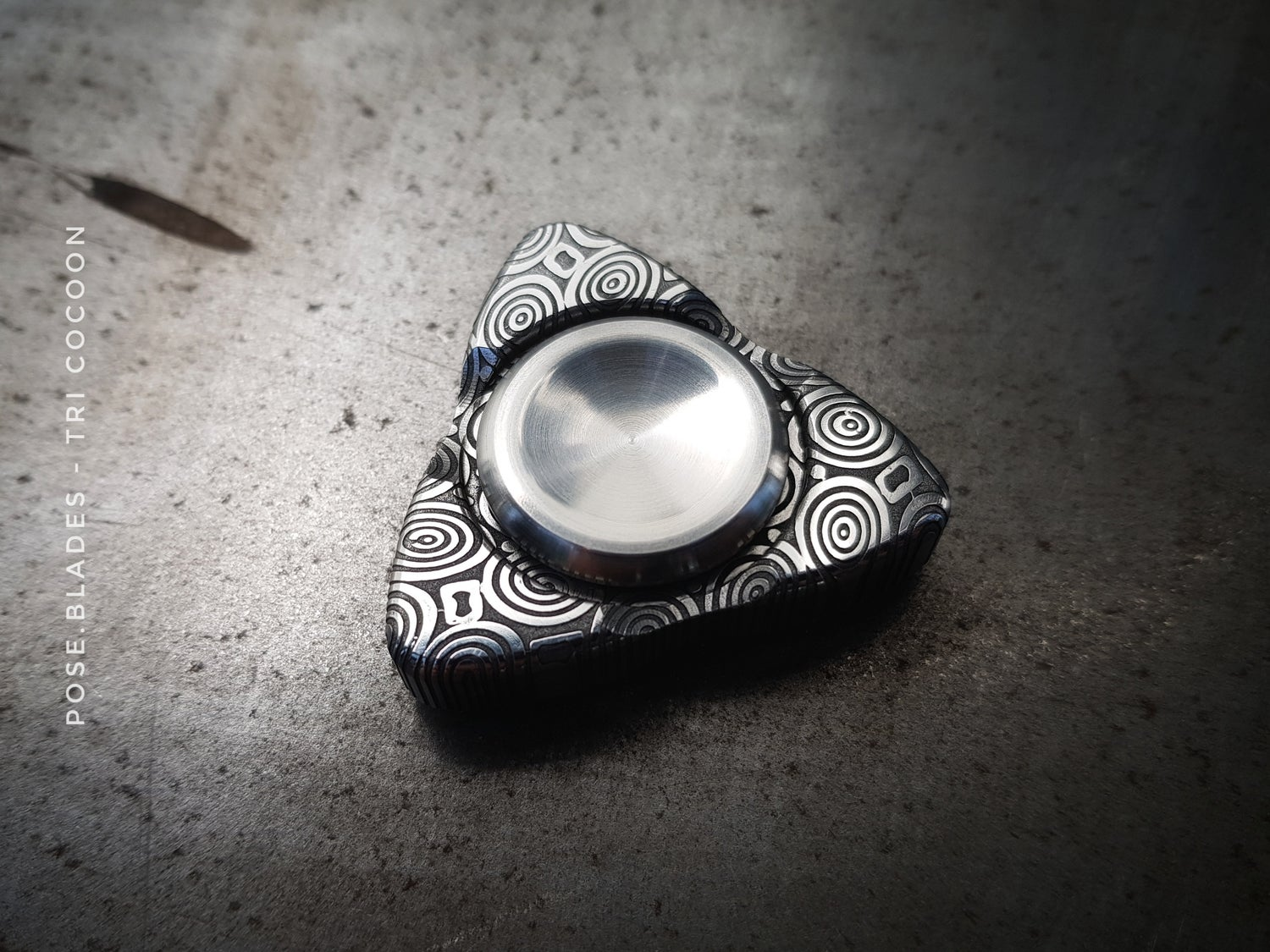 Image of Pose Blades - Tri Cocoon - Damasteel BT