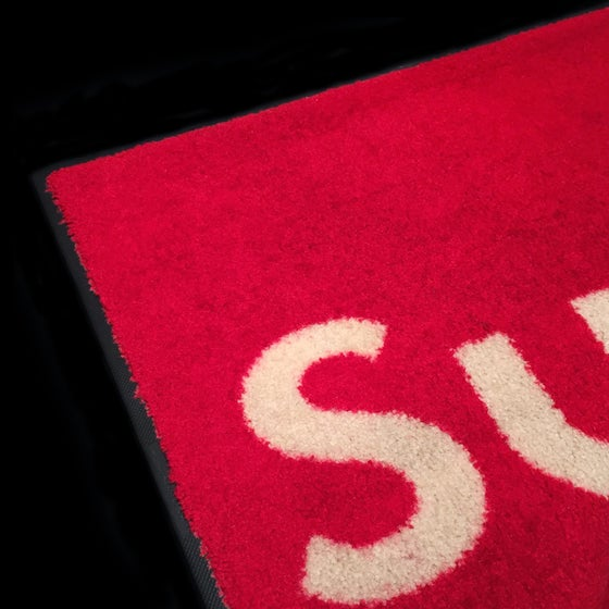 Image of 0000 Supreme Rug