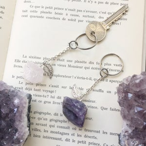 Image of Crystal Leaf Keyring - with Amethyst or Rose Quartz