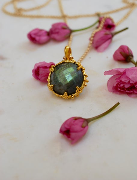 Image of Labradorite Organica Pendant Necklace