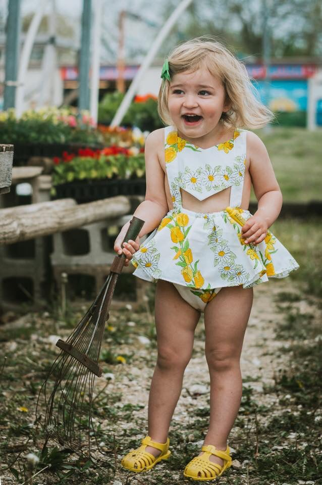 Image of Daisies and tulips twirl panel romper