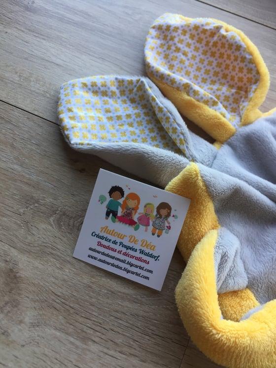 Image of Doudou plat l original jaune et gris