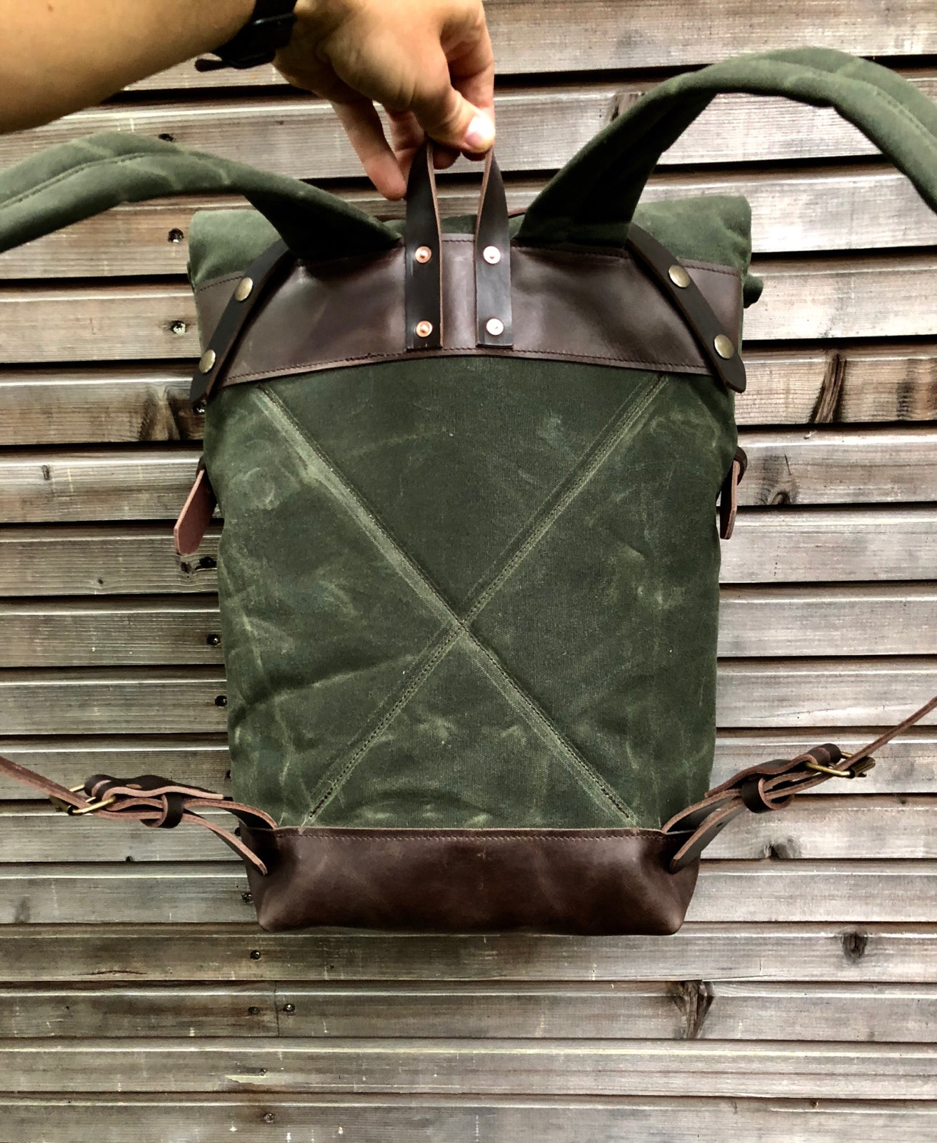 Image of Medium size knapsack backpack in waxed canvas with leather front pocket