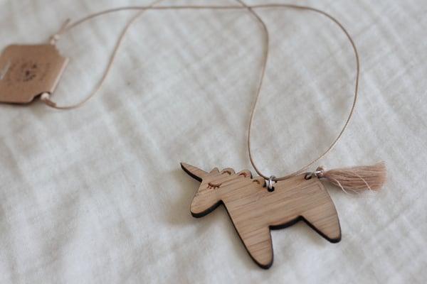 Image of Unicorn necklace - Beige tail