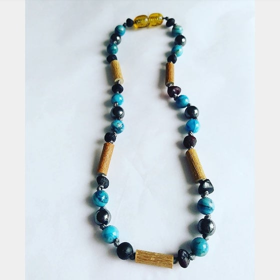 Image of soothing and cooling Hazelwood necklace