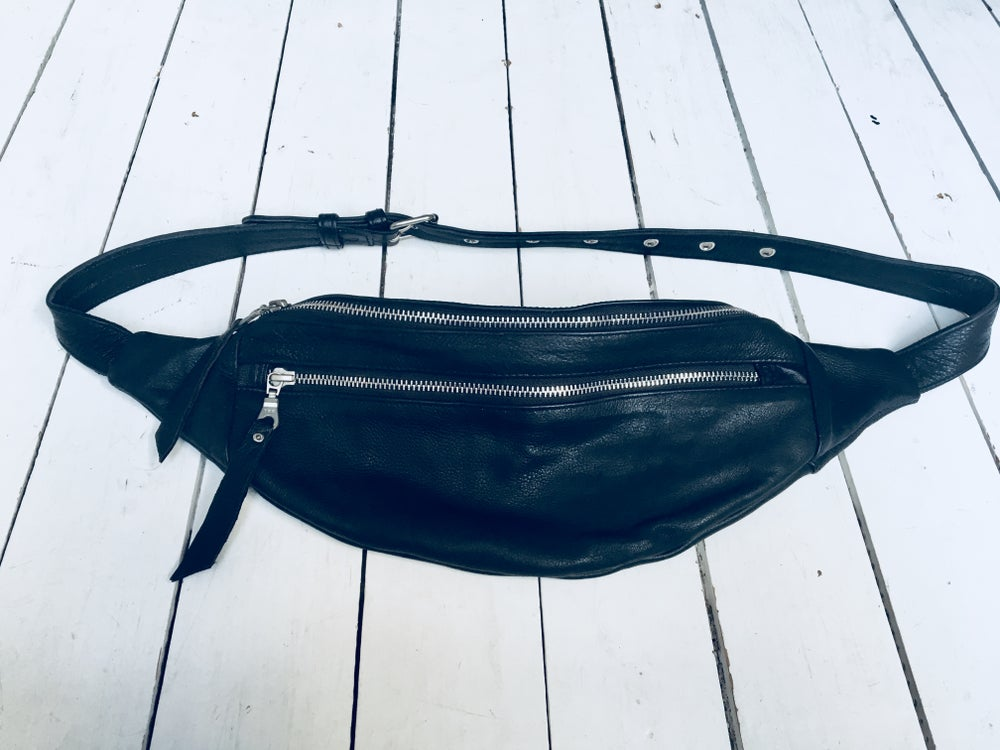 Image of Wanderlust leatherbag