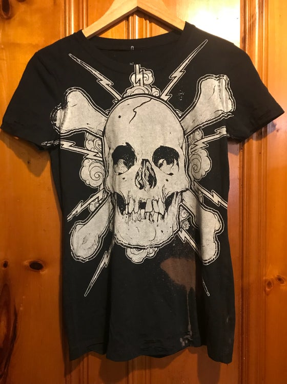 Image of Ladies Skull Shirt