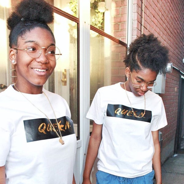"Image of ""QUEEN me"" Black & Gold - Tee Shirt"