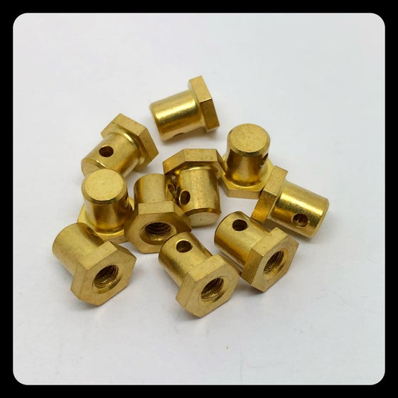 Image of MODEL 1 - HORIZONTAL SHORT BACK BINDER BRASS