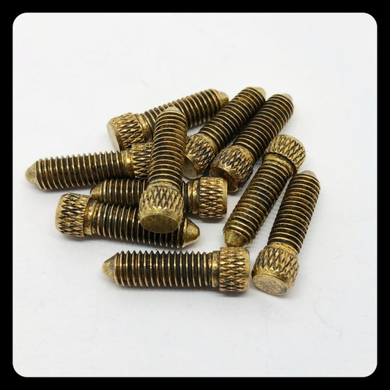 Image of ANTIQUE BRASS CONTACT SCREW M5 - SHORT