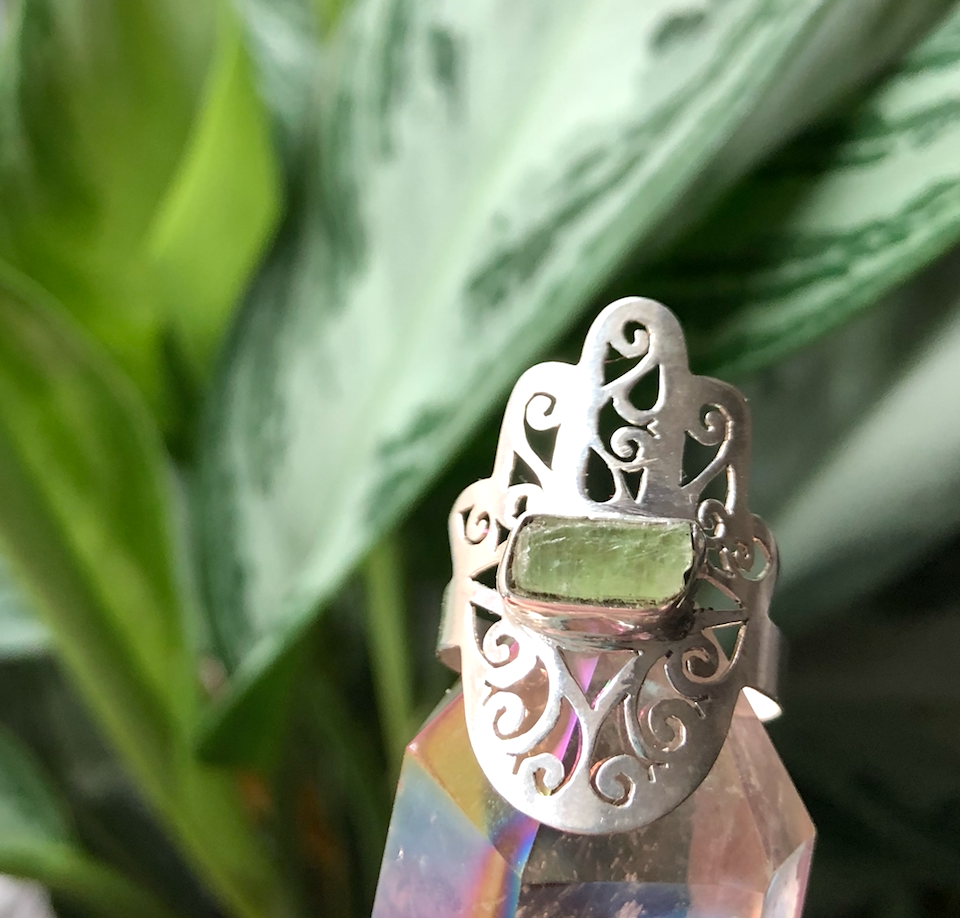 Image of Hamsa Hand Green Kyanite Sterling Silver Ring (8.5-9)
