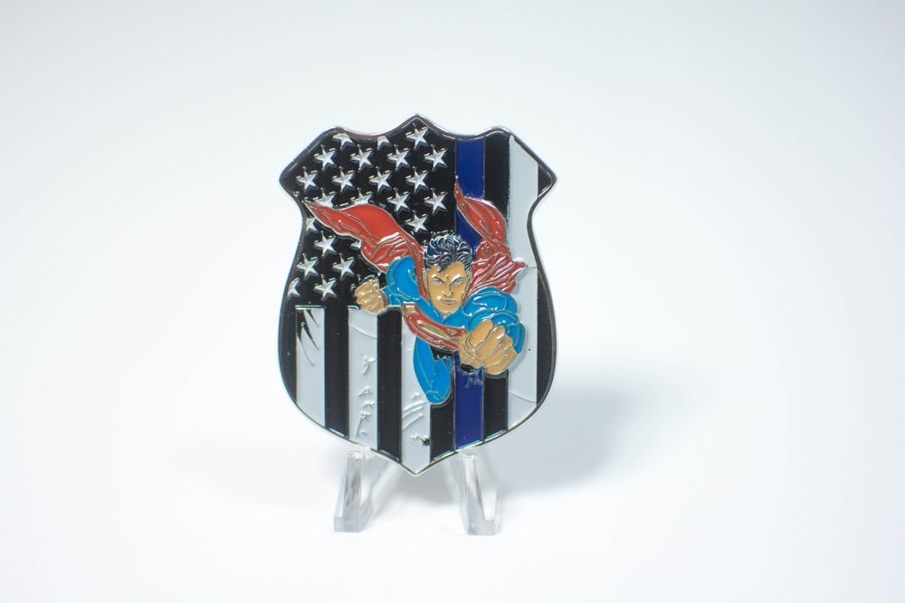 Image of SUPERMAN CHALLENGE COIN - DC COLLECTION