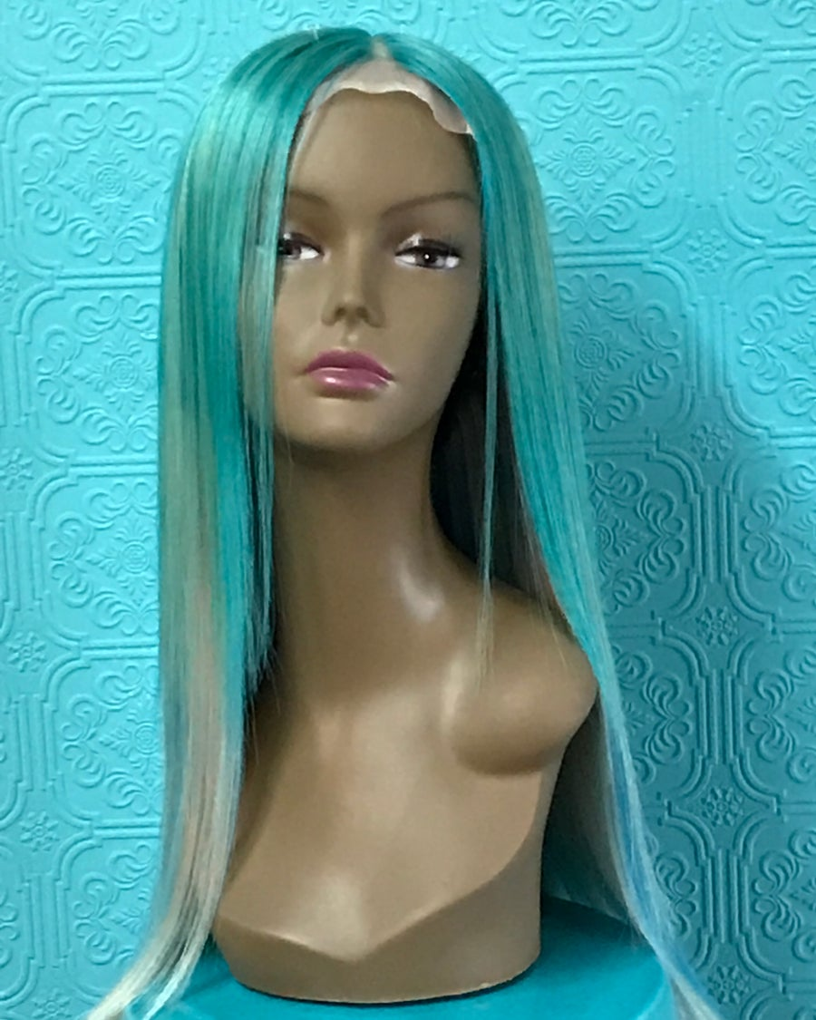 "Image of 20"" straight wig with custom color"