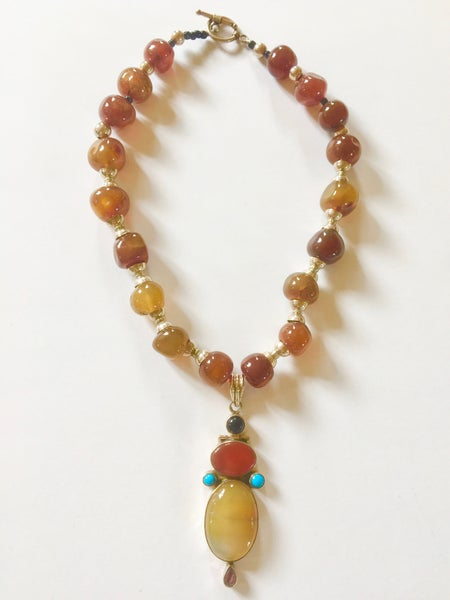 Image of Agate and silver necklace by Barbara Twohil.