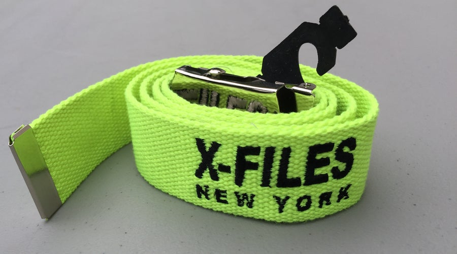 Image of EMBROIRDERED WEB BELT (VOLT)