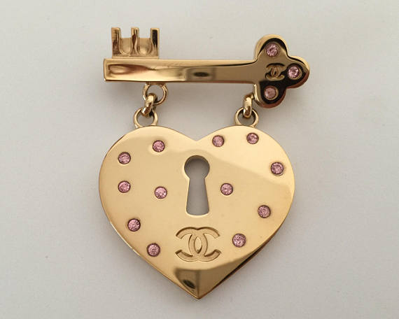 Image of Large Rare Authentic CHANEL Light Gold Tone CC Logo Heart Lock and Key Brooch
