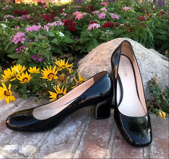 Image of PRADA BLACK PATENT LEATHER PUMPS