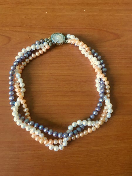 Image of Three Color Pearl Choker by John Prendergast