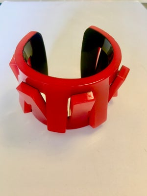 Image of Cut Layered Red Toothed Lucite Bracelet by Jean-Marie Poinot (Paris)