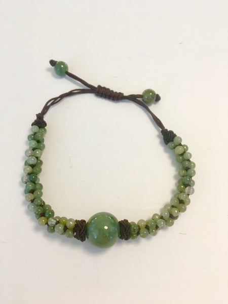Image of Nephrite jade focal bead and seed beads bracelet on Chinese knotted cord (China)