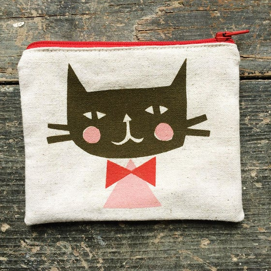 Image of Cat Pouch