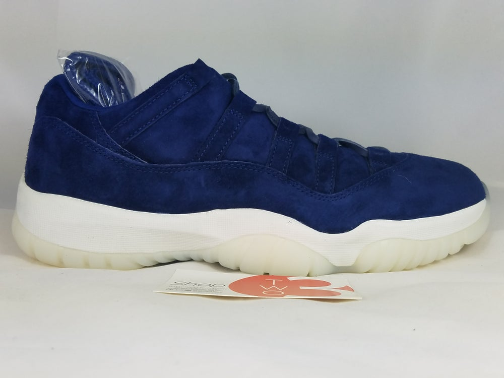 Image of Jordan 11 Retro Low Derek Jeter RE2PECT