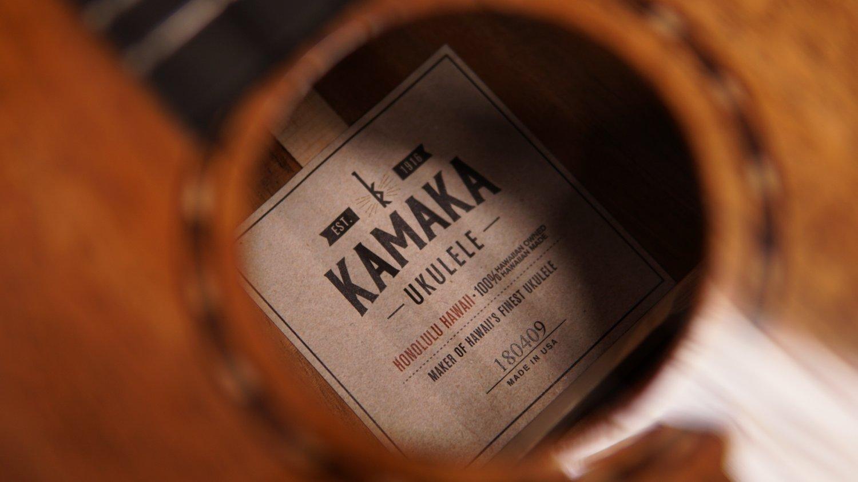 Image of Kamaka HF-3DS Deluxe Slothead Tenor #180409
