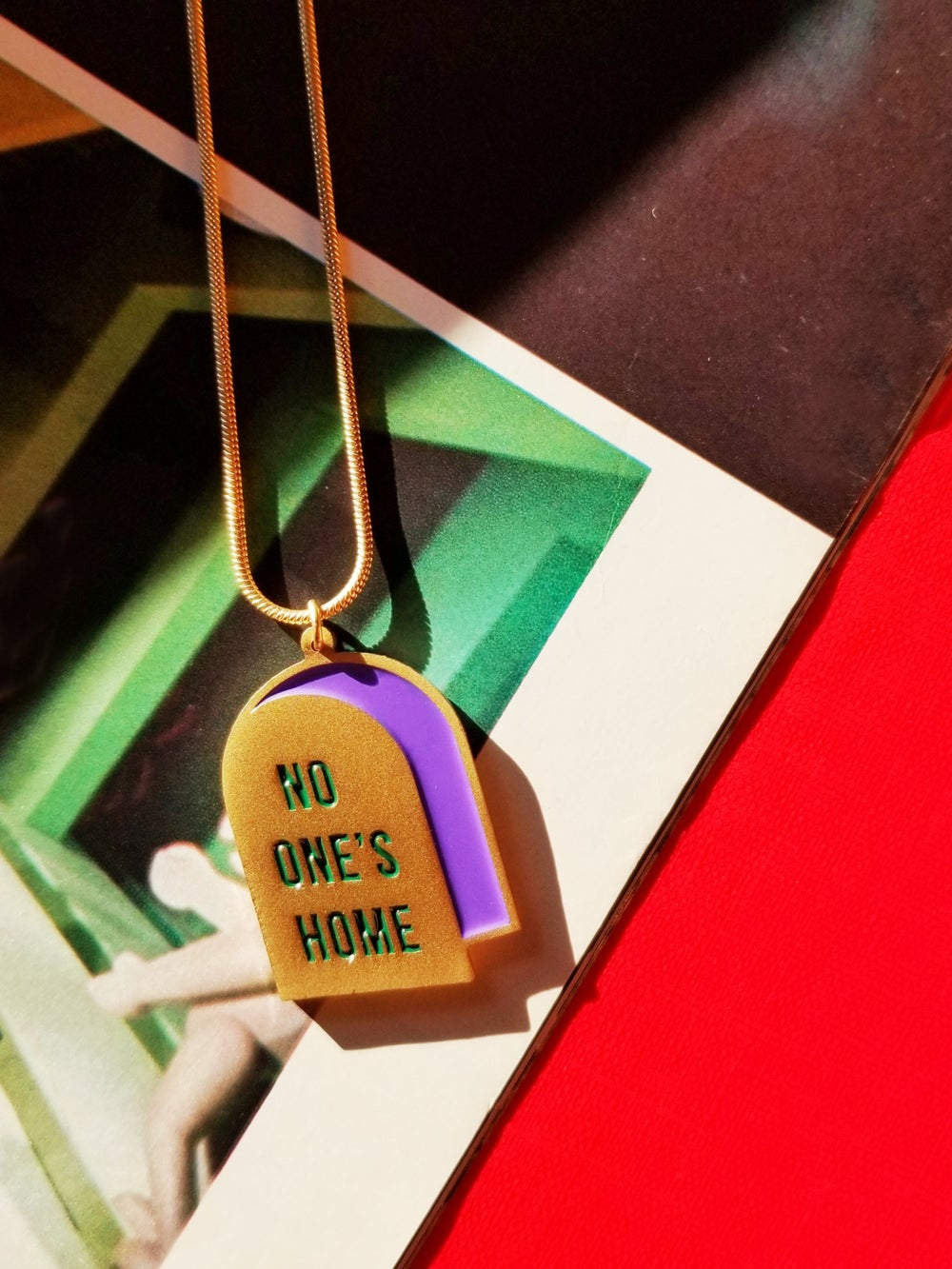 I'm not here / No one's home - reversible necklace