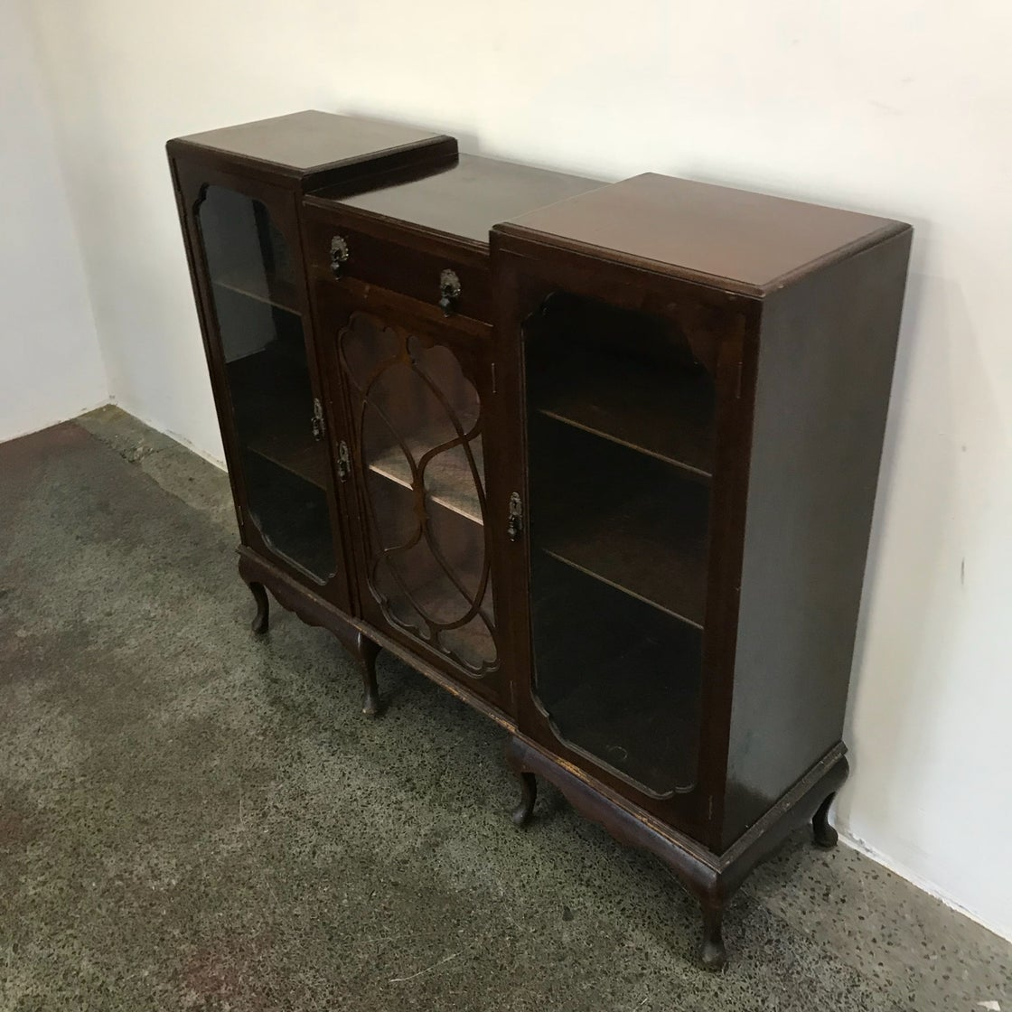 Image of 1920s CHINA CABINET