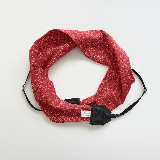 Image of Camera Strap Soft Knit Fabric Top Photographer Gift 2018 Gray Arrows - Black - Crossbody