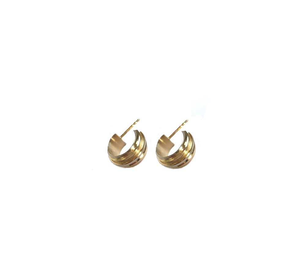 Image of YouTurn earring /tiny