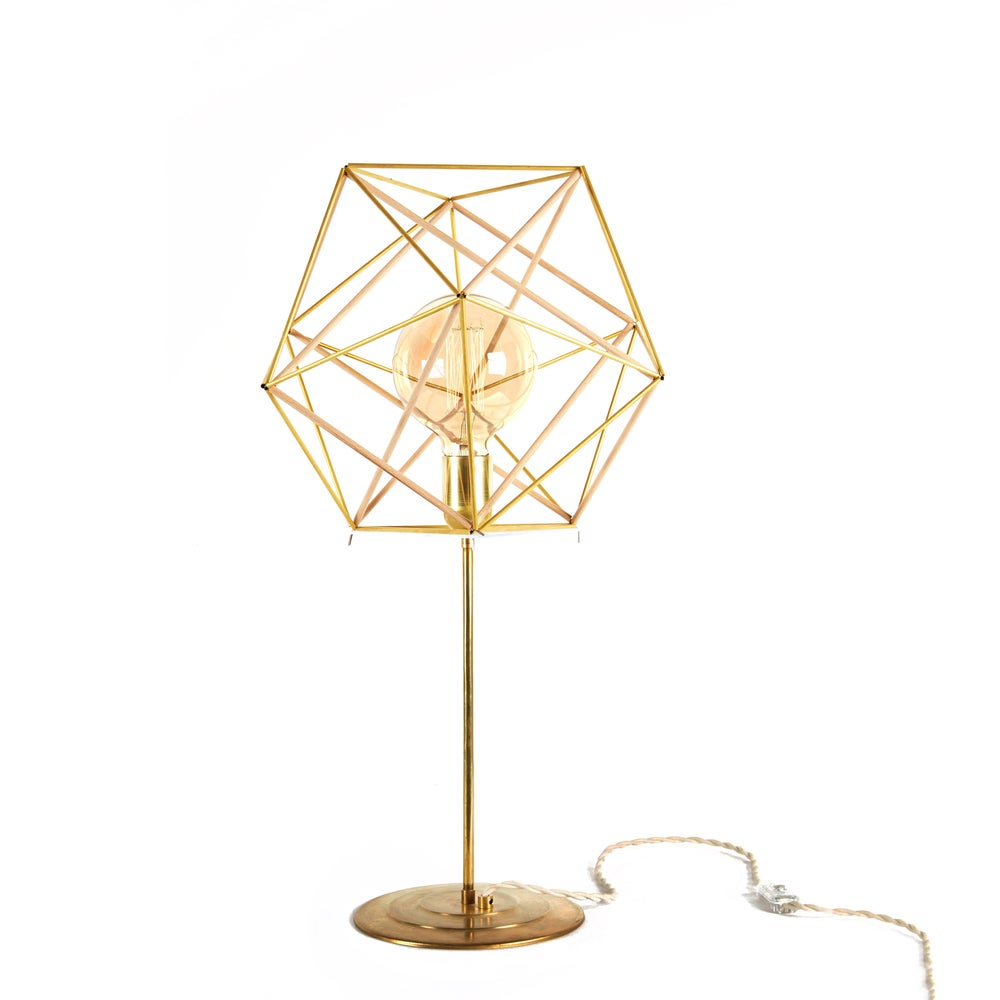 Image of ICOSAHEDRON TABLE LAMP (IT01)